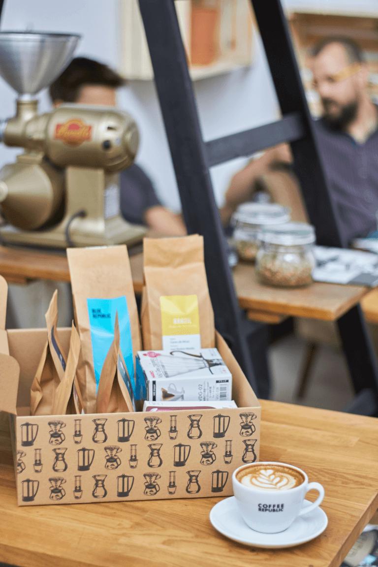 krabice coffee republic